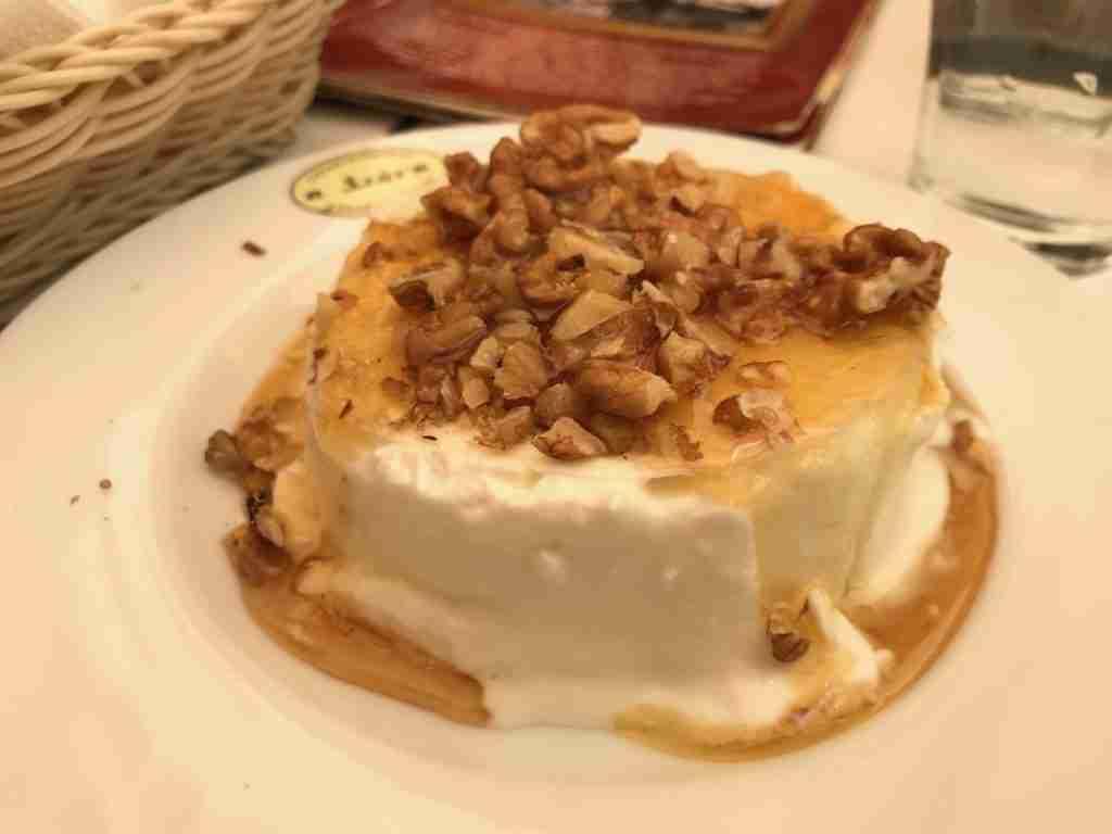 Greek Yoghurt Walnuts Honey